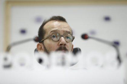 """Echenique pide """"evitar que el PP vuelva a parasitar las instituciones"""" valencianas tras la reaparición de Camps"""