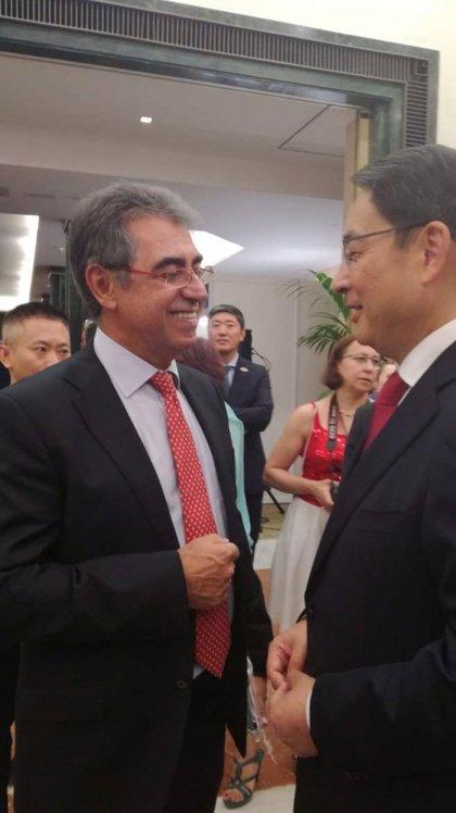 """Extremadura quiere """"fortalecer"""" las relaciones comerciales con China"""