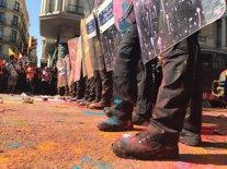 Cordó policial en la manifestació de l'esquerra independentista
