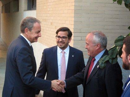 """Zapatero recomienda """"un poco más de sosiego"""" ante tanto """"furor opositor"""" al Gobierno de Pedro Sánchez"""