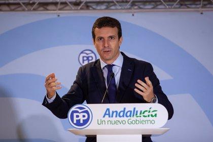 """Casado pide la ilegalización de los partidos """"que alientan la violencia"""" en Cataluña"""