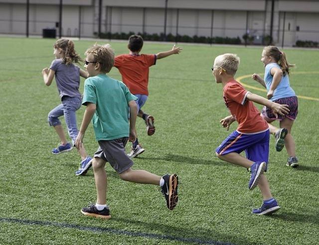 Niños durante el recreo