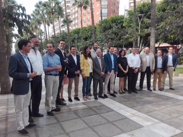 Moreno junto a los integrantes del comité territorial del PP-A
