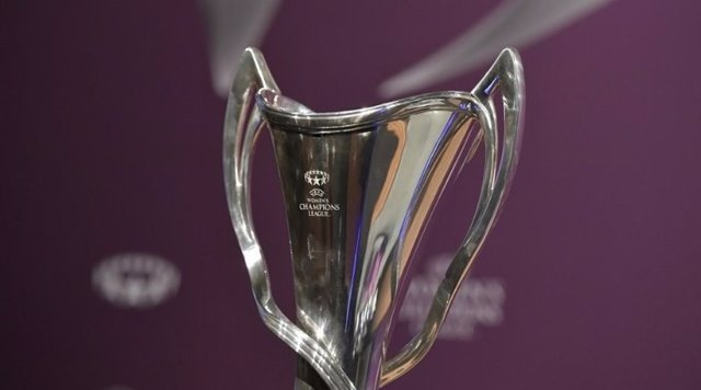Trofeo de la UEFA Women's Champions League
