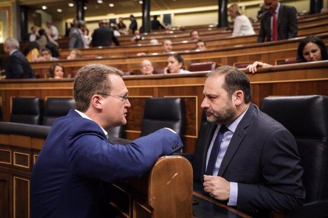 Diego Clemente (Cs), con el ministro José Luis Ábalos
