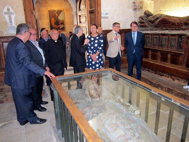 García Cirac junto a otras autoridades, 1-10-18