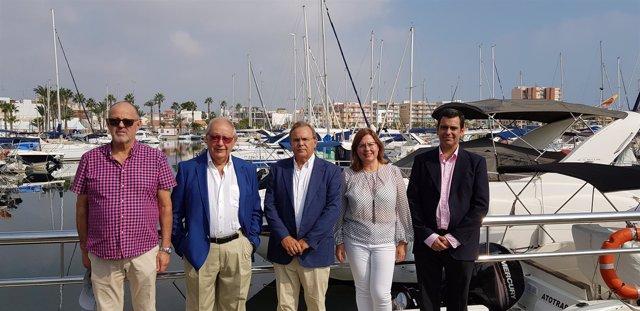 Patricio Valverde Con Alcaldesa Durante La Visita