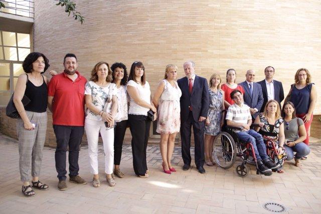 Rodríguez Villalobos visita Santiponce, junto a su alcaldesa