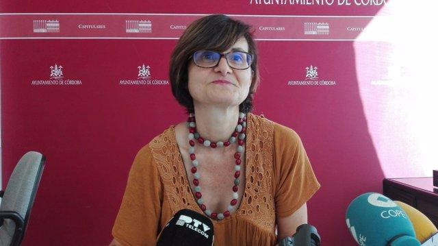 Amparo Pernichi en rueda de prensa