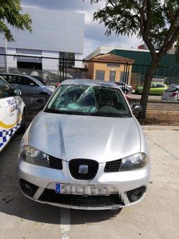 El vehículo del detenido con el que atropelló a otro joven