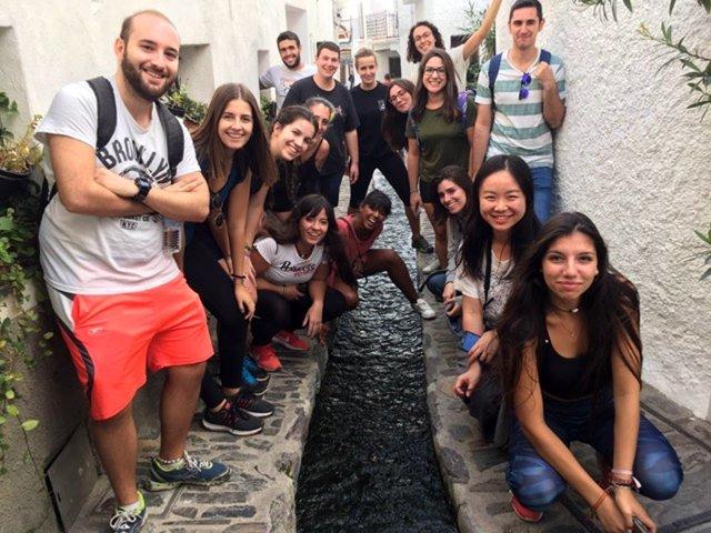 Estudiantes de la UGR conocen la provincia