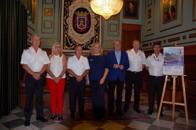 Reunión en Motril para recibir al buque Juan Carlos I