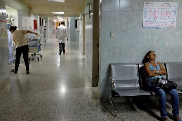 Sala de espera de un hospital en Venezuela