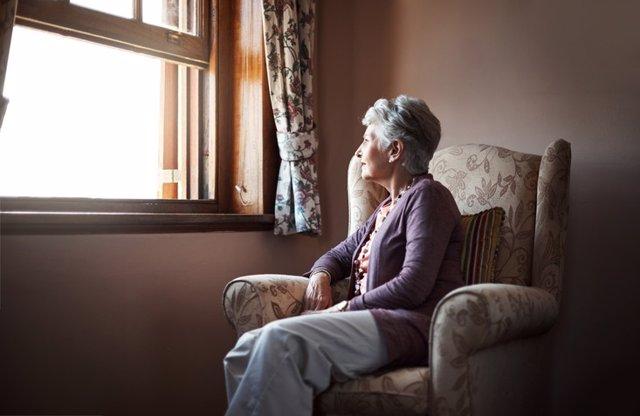 Memoria, alzheimer, recordar, recuerdo, anciana, pensar, mirar