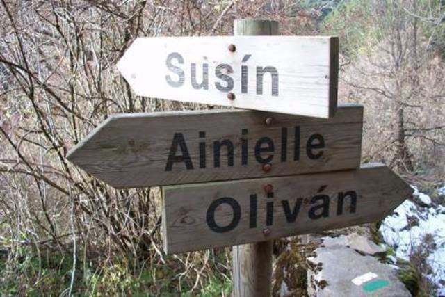 Señalización en el sendero de Ainielle (Huesca)