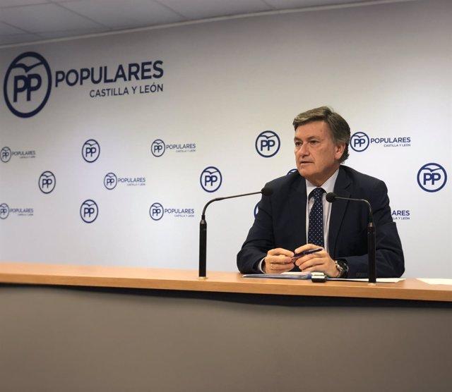 El secretario autonómico del PPCyL, Francisco Vázquez