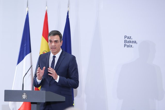 Pedro Sánchez y Édouard Philippe en el acto de cooperación en la lucha antiterrorista con Francia