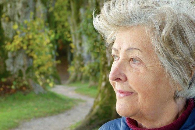 Mayor, anciana, demencia, mayores