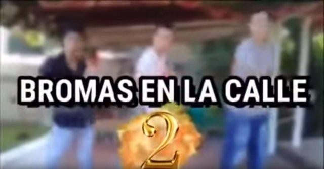 'Bromas En La Calle'