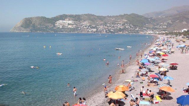 Playa La Herradura en Almuñecar