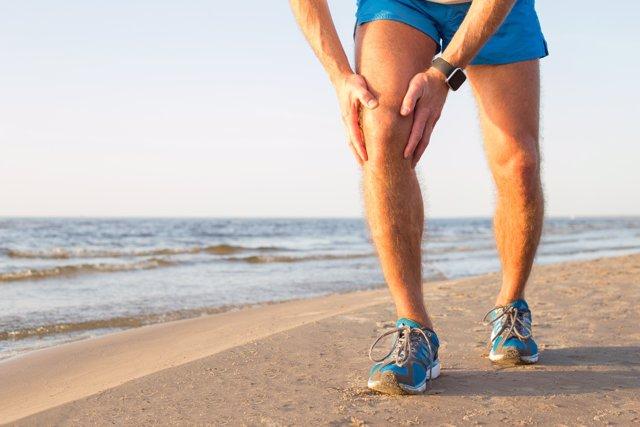 Dolor en la rodilla, pierna, playa, ejercicio, menisco