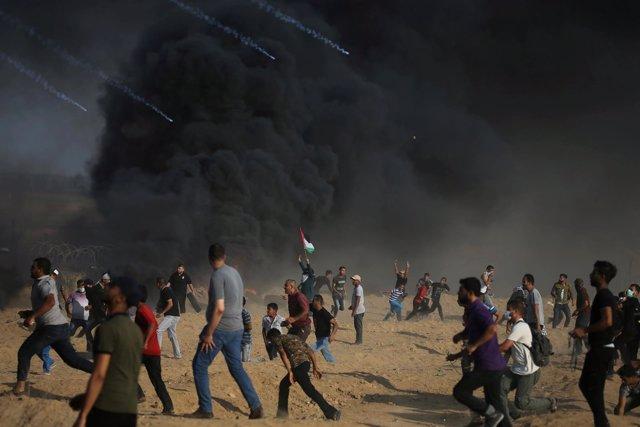 Enfrentamientos entre soldados israelíes y manifestantes palestinos