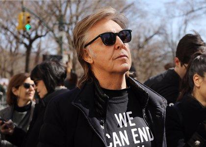Paul McCartney no recuerda las canciones clásicas de los Beatles y tiene que aprenderlas de nuevo