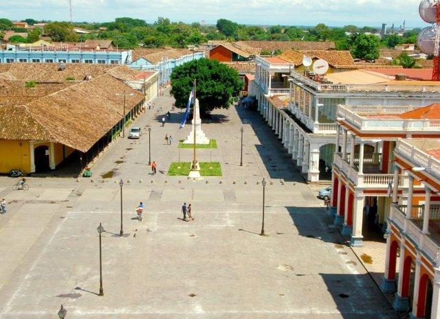 Plaza en la ciudad nicaragüense de Granada