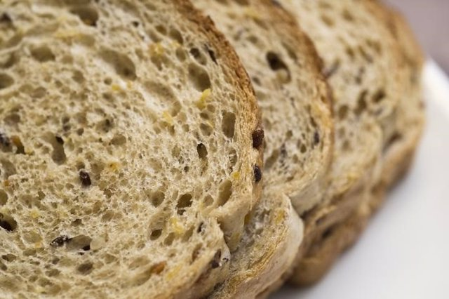 Pan, grano entero