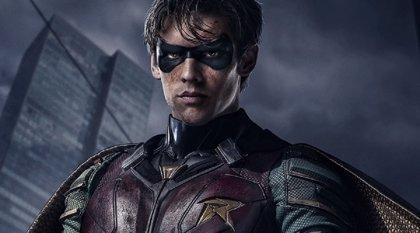 DC Universe renueva Titans para una 2ª temporada