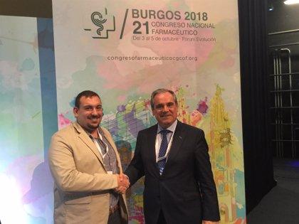 Farmacéuticos y estudiantes de la profesión acuerdan colaborar en la estrategia de la Unión Europea para la juventud
