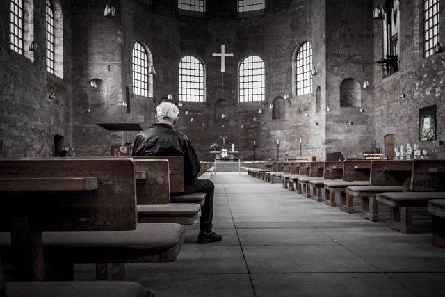 La Iglesia Católica podría acabar con el celibato