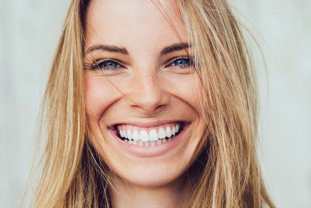 Sonreir, sonrisa