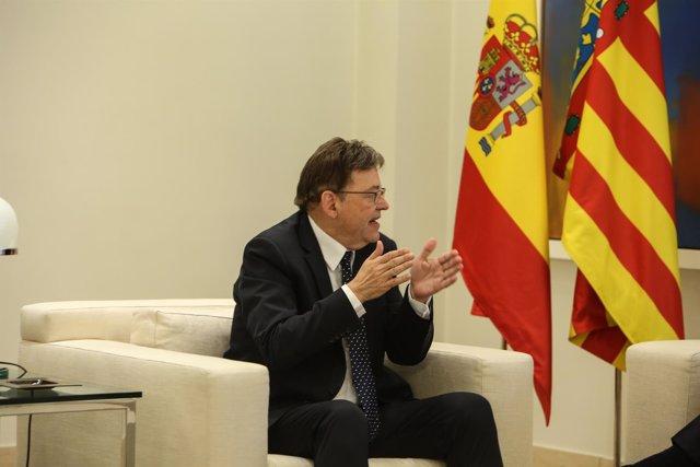 El presidente del Gobierno, Pedro Sánchez, recibe al presidente de la Comunidad