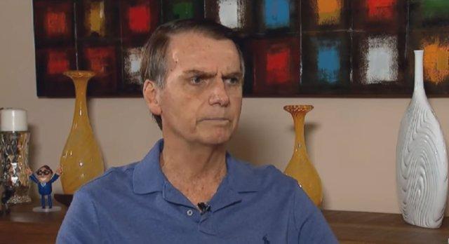 Jair Bolsonaro concede una entrevista a TV Record antes de las elecciones