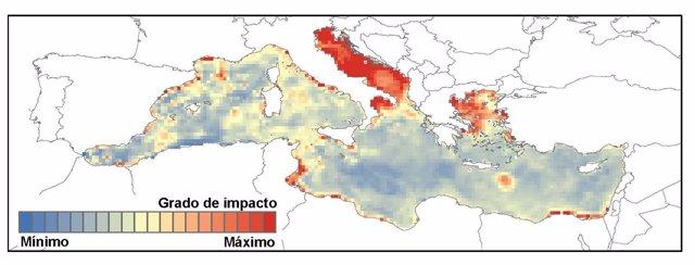Mapa de áreas del Mediterráneo amenazadas por actividad humana