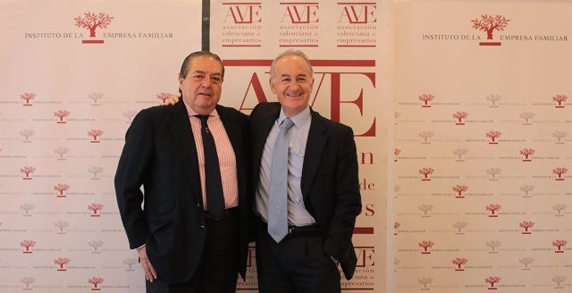 Vicente Boluda (AVE) y Juan Corona (IEF)