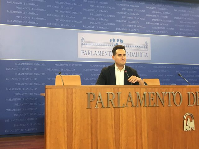 El diputado del PSOE-A José Latorre