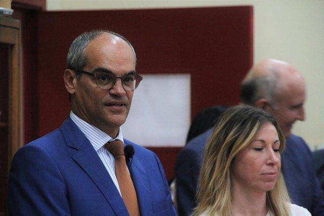 El consejero de Educación e Investigación, Rafael Van Grieken