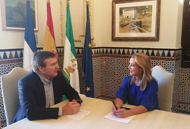 [Sevilla] Np Alcalá: Alcaldesa Se Reúne Con Director Santa Bárbara Sistemas Para
