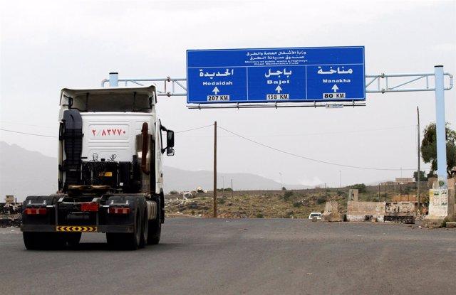 Principal carretera entre Hodeida y Saná