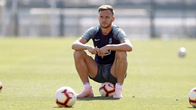 El jugador del FC Barcelona Ivan Rakitic en un entrenamiento