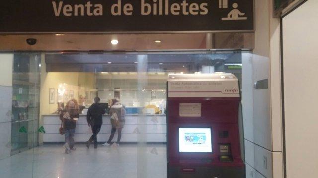 Estación de Renfe, tren, cercanías, AVE, billetes de tren