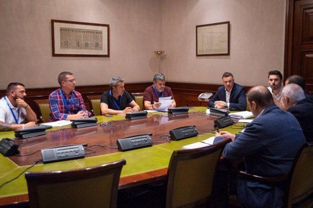 Reunión de Unidos Podemos con asociaciones militares