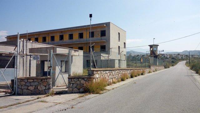 Antiguo cuartel de aviación (EVA-9) en Motril