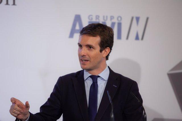 El presidente del PP, Pablo Casado, en un almuerzo-coloquio en Sevilla