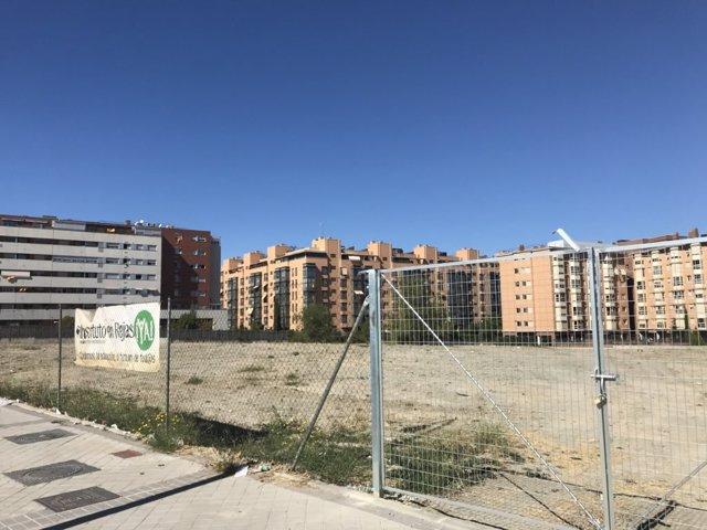 Parcela para la construcción del nuevo IES en el barrio de Rejas
