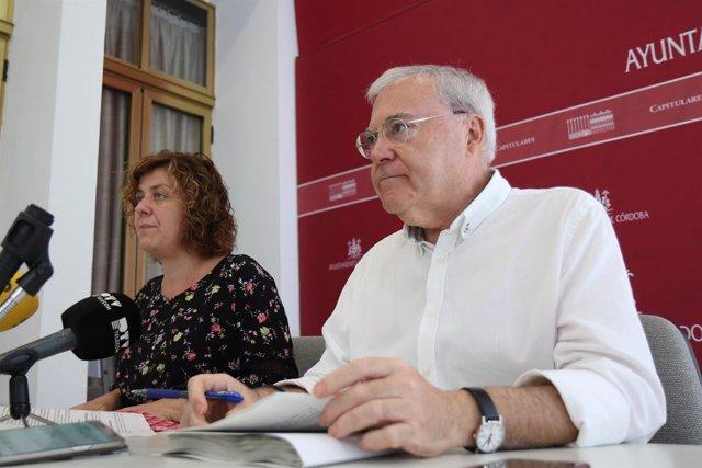 Alba Doblas y Emilio Aumente en una rueda de prensa