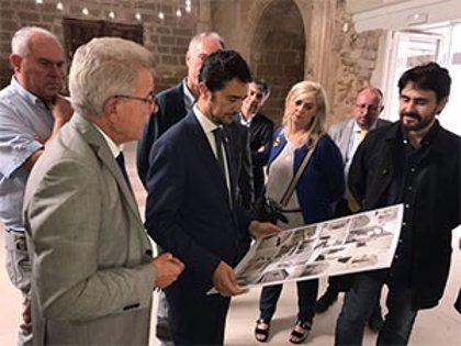 Damià Calvet se compromete a potenciar el aeropuerto Lleida Alguaire