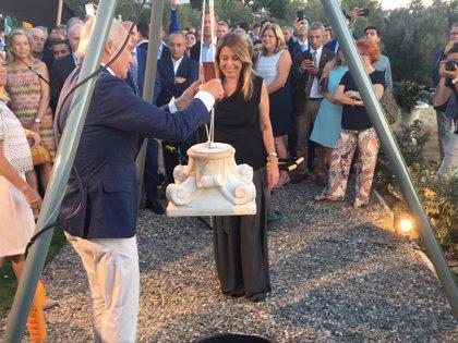 Susana Díaz coloca la primera piedra de un hotel de lujo con villas en Marbella (Málaga) con 650 millones de inversión